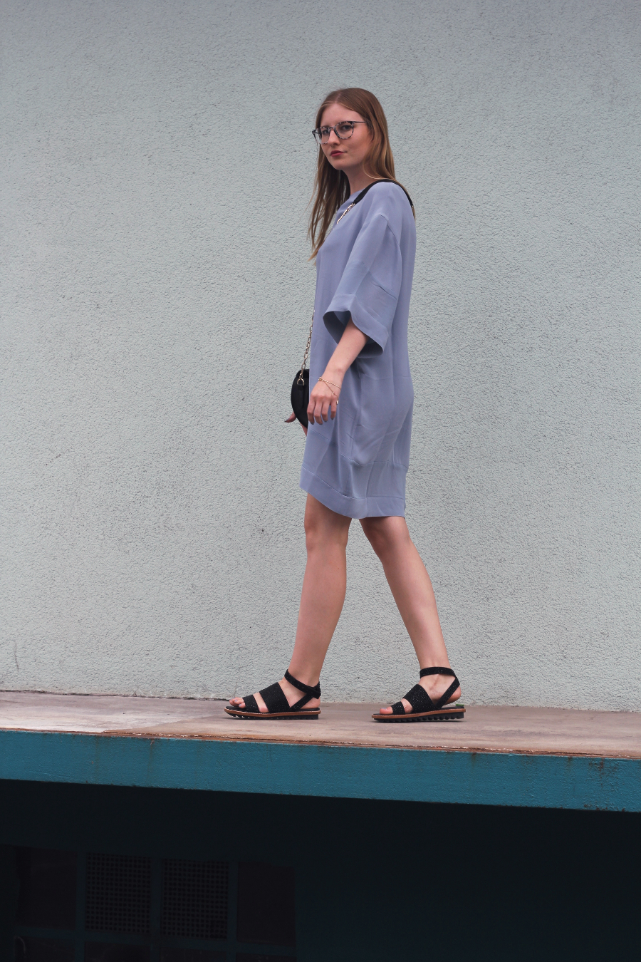 outfit dress blue and other stories zara bag sandals german fashion blog