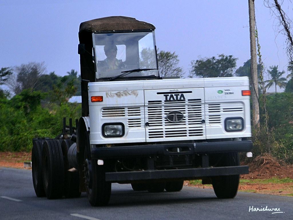 ... TATA LPT 2518 Truck Chassis | by harishwar8
