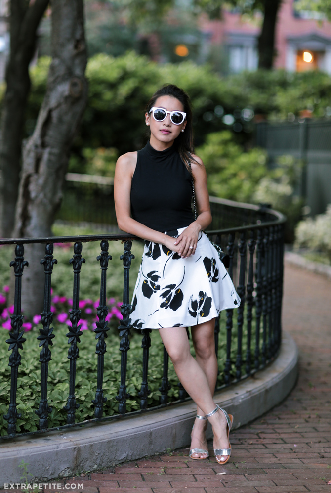 summer outfit floral skirt crop top_extra petite
