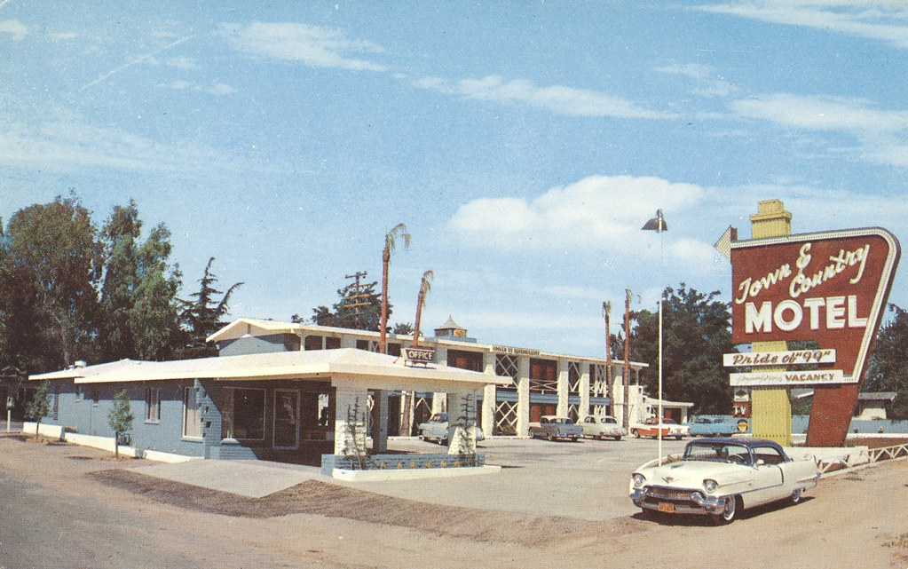New Town & Country Motel - Livingston, California