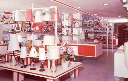 la boutique aux cadeaux saint j r me qu bec la boutique flickr. Black Bedroom Furniture Sets. Home Design Ideas