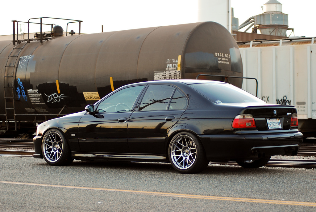 E39 M5 With Arc 8 Wheels Arc 8 18x10 Et25 In Hyper Black Flickr
