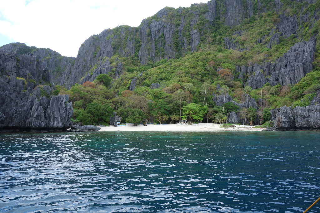 Island beach near El Nido