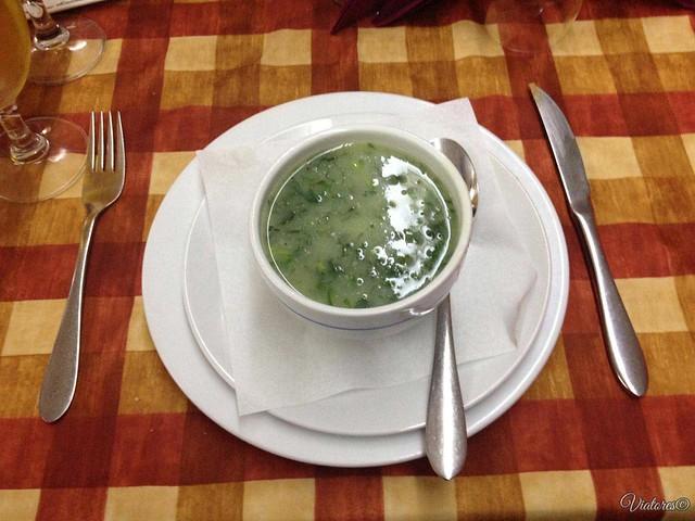 Зеленый суп. Caldo Verde. Porto. Portugal