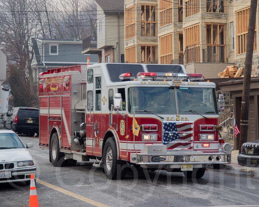 Englewood Cliffs Fire Truck FiveAlarm Fire At Avalon Apa Flickr - Avalon truck