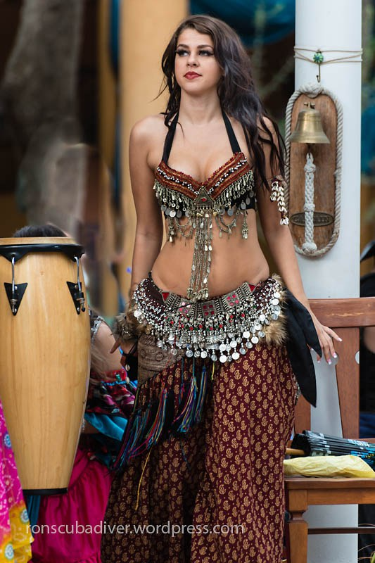 Belly Dancer | by Ron Scubadiver's Wild Life
