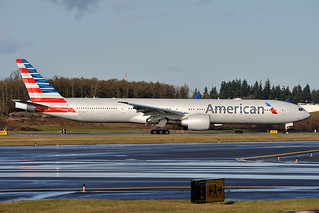 American Airlines Boeing 777-300ER N732AN | by royalscottking