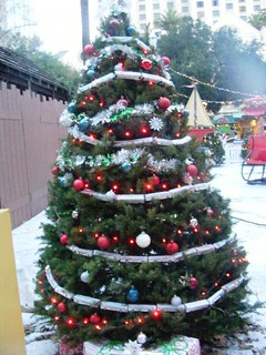 VTA tree with Light rail garland | by tygger428
