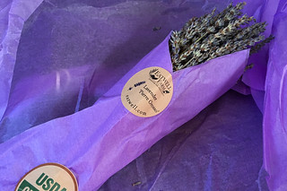 Eat Well Farms - Dried lavenders bunch
