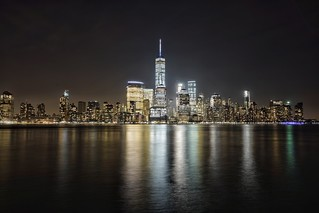 Manhattan by night. Sony a7rii, fe 28mm | by Tbui15