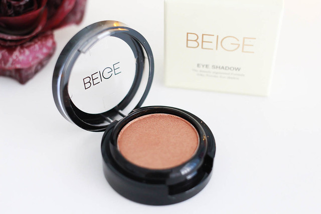 Beige eyeshadow orange 4