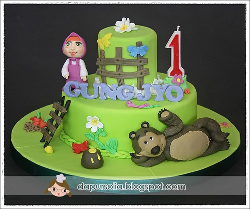 Masha and The Bear Birthday Cake Shirley Theresia Flickr