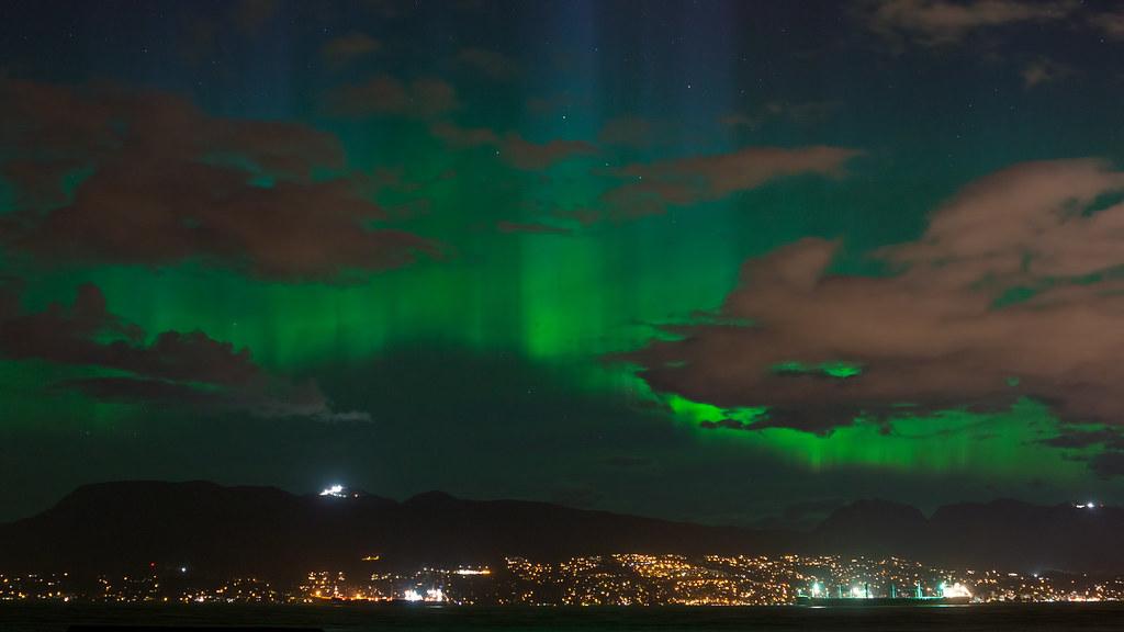... Northern Lights [Aurora Borealis] Over Vancouver BC [Mother Nature On  Display On Motheru0027s
