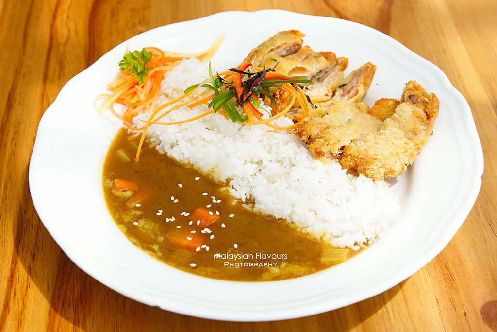 the fat bee cafe melaka japanese curry rice