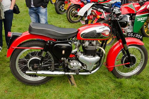 BSA A10 Golden Flash 650cc (1960) | Cholmondeley Classic ...
