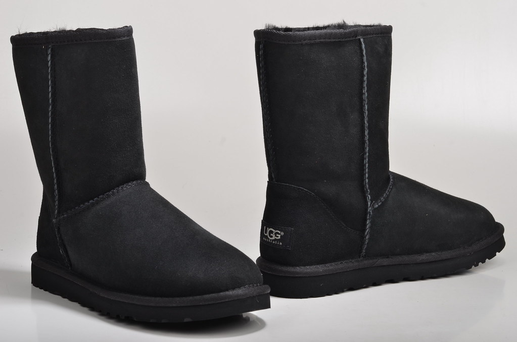 ... Ugg Australia Classic Short Black Boot Lammfell gefüttert 5825 Veloursleder schwarz (2) | by