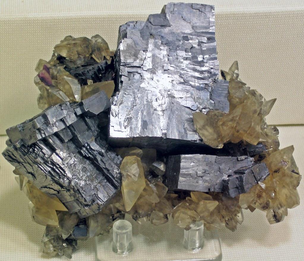 Illinois lee county lee -  Galena Calcite Annabel Lee Mine Hardin County Illinois Usa