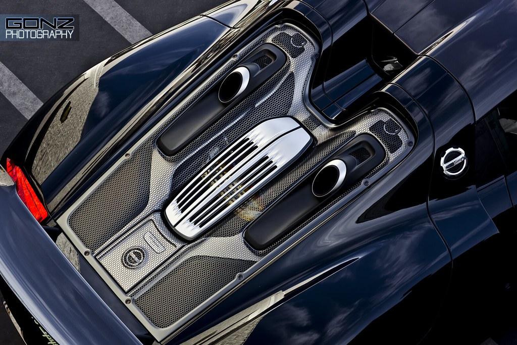 Porsche 918 Engine Bay