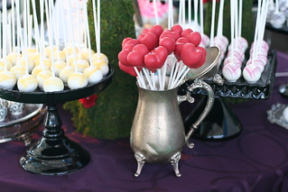 Alice in Wonderland cake pops | by Sweet Lauren Cakes