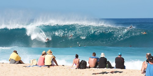 Pipeline, North Shore Oahu | by Aussie Assault