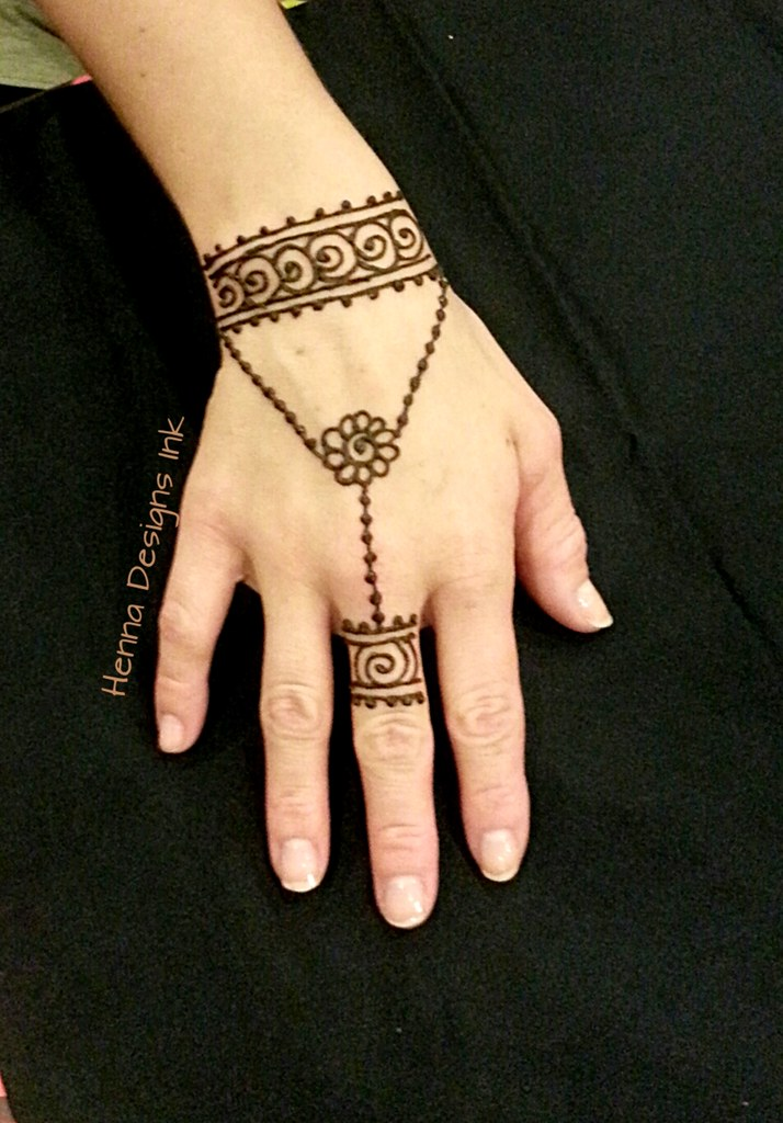 Simple jewelry inspired design Henna Designs Ink Flickr