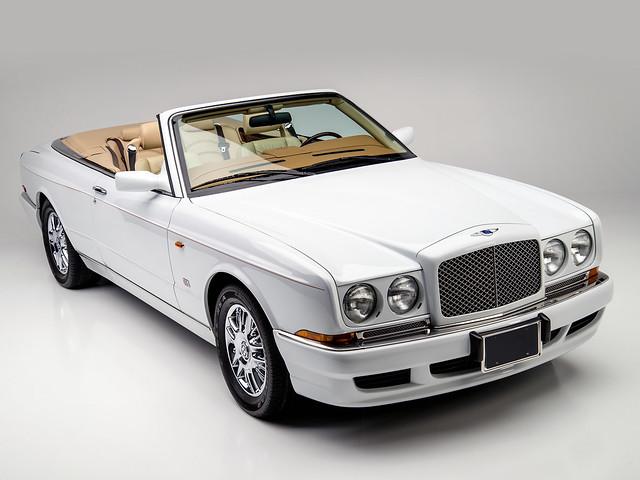 Кабриолет Bentley Azure для рынка США. 1995 – 2002 годы