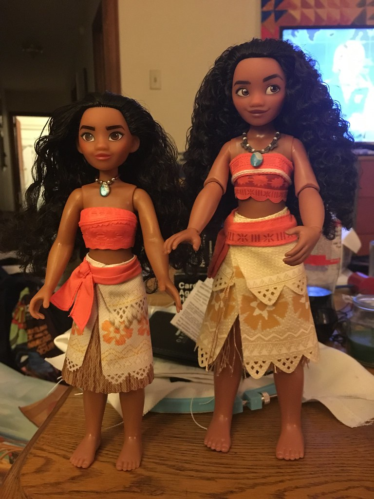 moana dolls hasbro vs disney store let me know your thou flickr