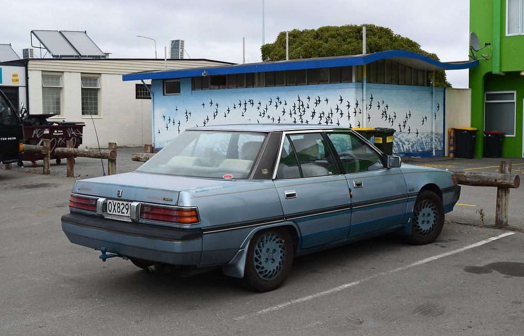 1990 Mitsubishi V3000 | Christchurch, New Zealand | Flickr