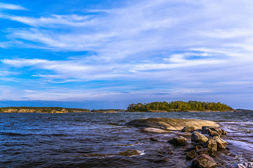 Rocks, sea and sky at Fjärdlång, Stockholm archipelago (Sweden) | by Tommie Hansen