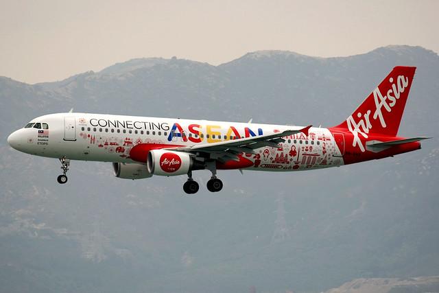AirAsia | Airbus A320-200 | 9M-AHX | Connecting ASEAN livery | Hong Kong International