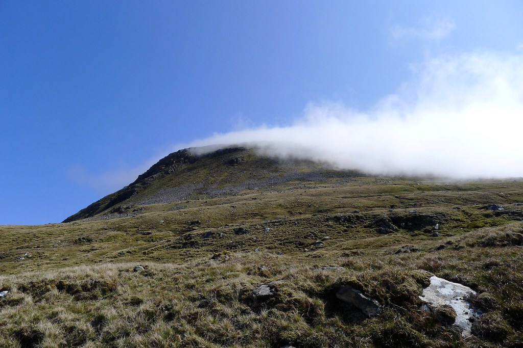 Cloud clearing from A' Chailleach