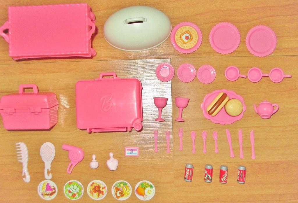 2001 Barbie Grand Hotel Accessories Box Date 2001 Conditi Flickr
