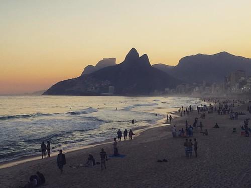 Till dusk do us part #ipanema #riodejaneiro #brazil