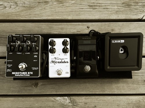 #Bass pedalboard: sound, freedom, simplicity. | by bjelkeman