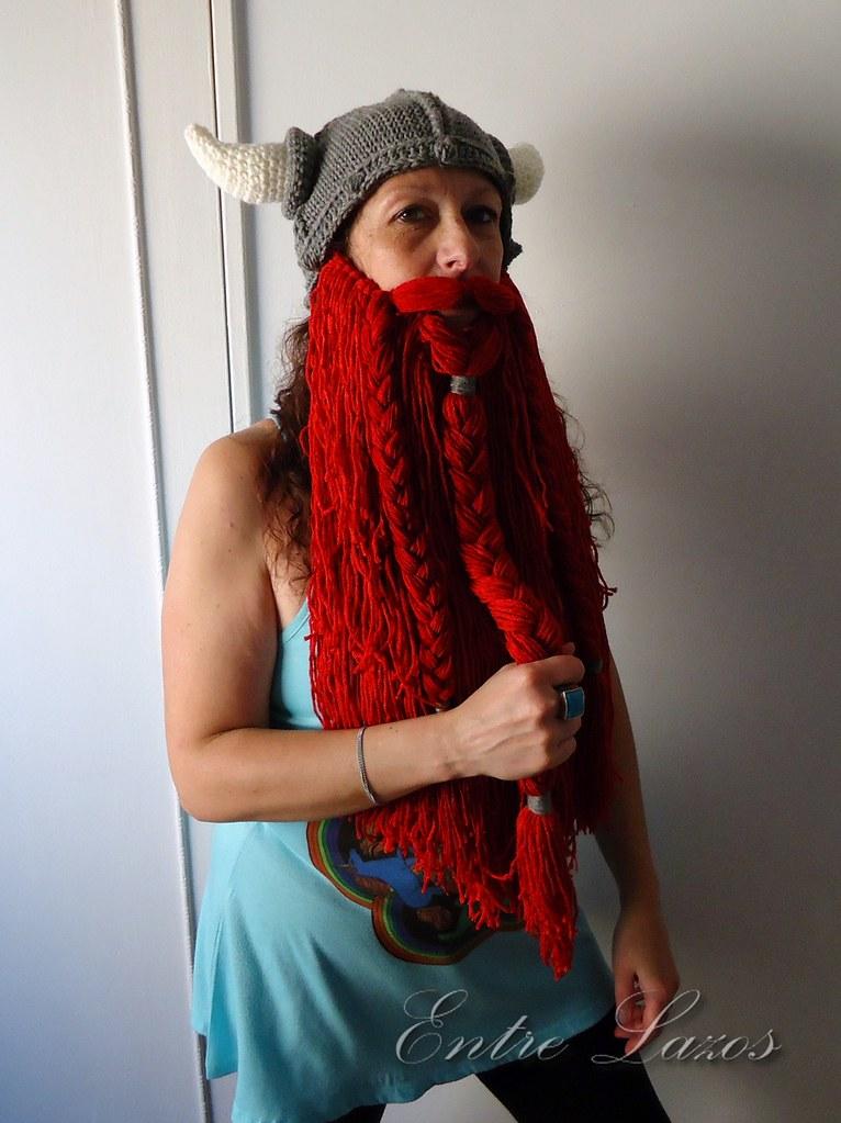 Crochet Viking Helmet with Beard 1   Para tejer el gorro: ww…   Flickr