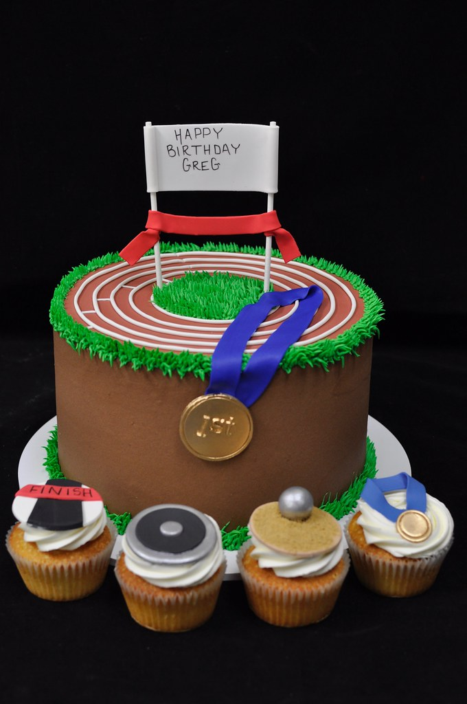 Robin Miller Cooks : Track and Field Cake