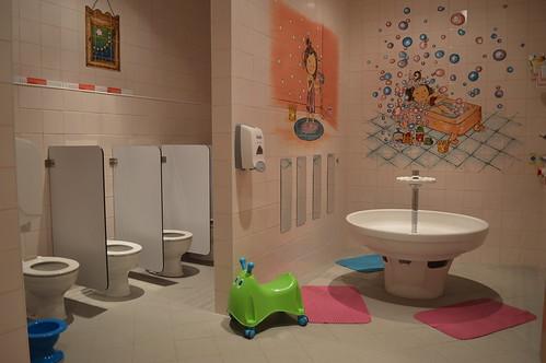 Apanhados na casa de banho da discoteca 6