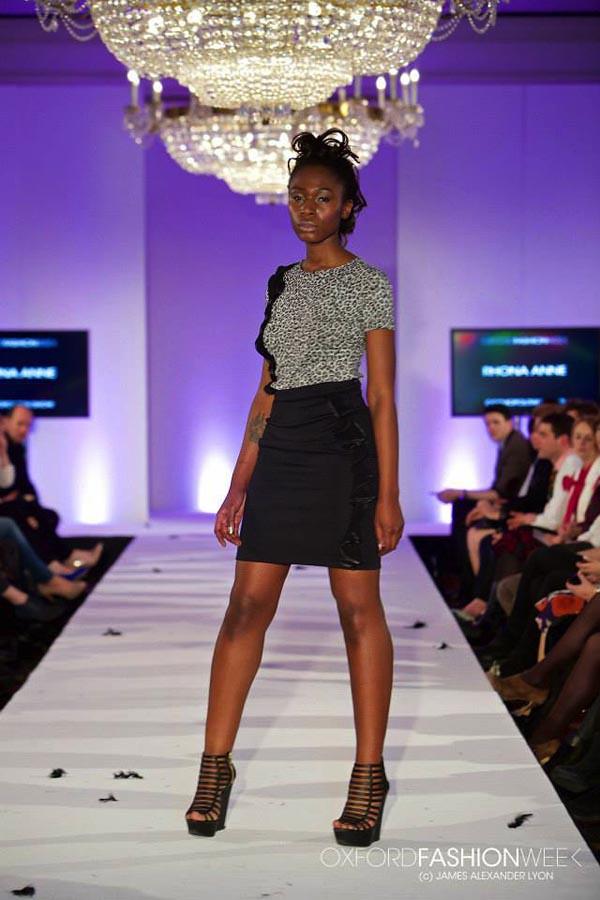 Beautiful Black and White Digital Backgrounds Oxford fashion week cosmopolitan show