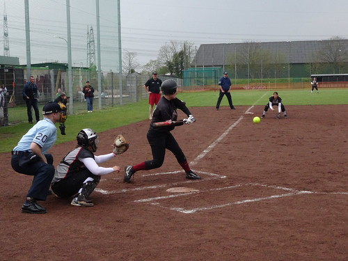 Softball: Wesseling Vermins v Hamburg Knights