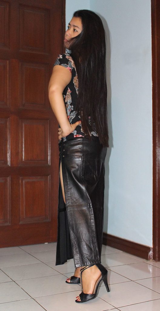 Long Leather Skirt | This is a new skirt, long leather with … | Flickr