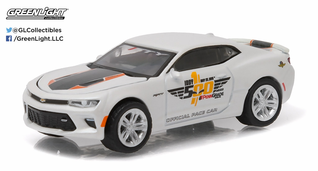 13151 1 64 2016 Indy 500 Pace Car 2017 Chevrolet Camar Flickr