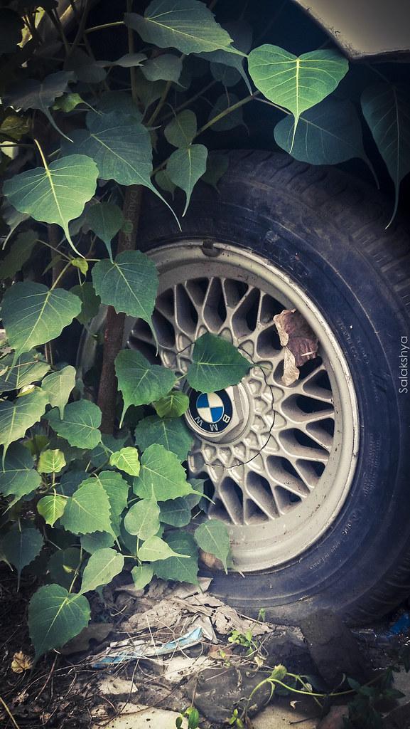 Abandoned Bmw E34 Basketweave Wheel Phone Wallpaper Flickr