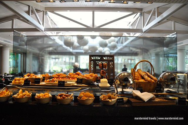 Pastries at Signatures Restaurant Hotel Indonesia