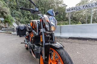 KTM Duke 390 2014, with ViaTerra Velox Saddlebags (angle view, 2 bags mounted) | by demawo