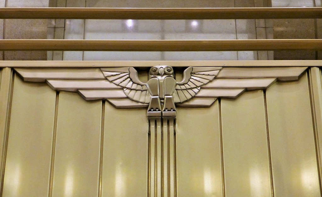 Art deco owl chicago board of trade cbot building p1590836 5