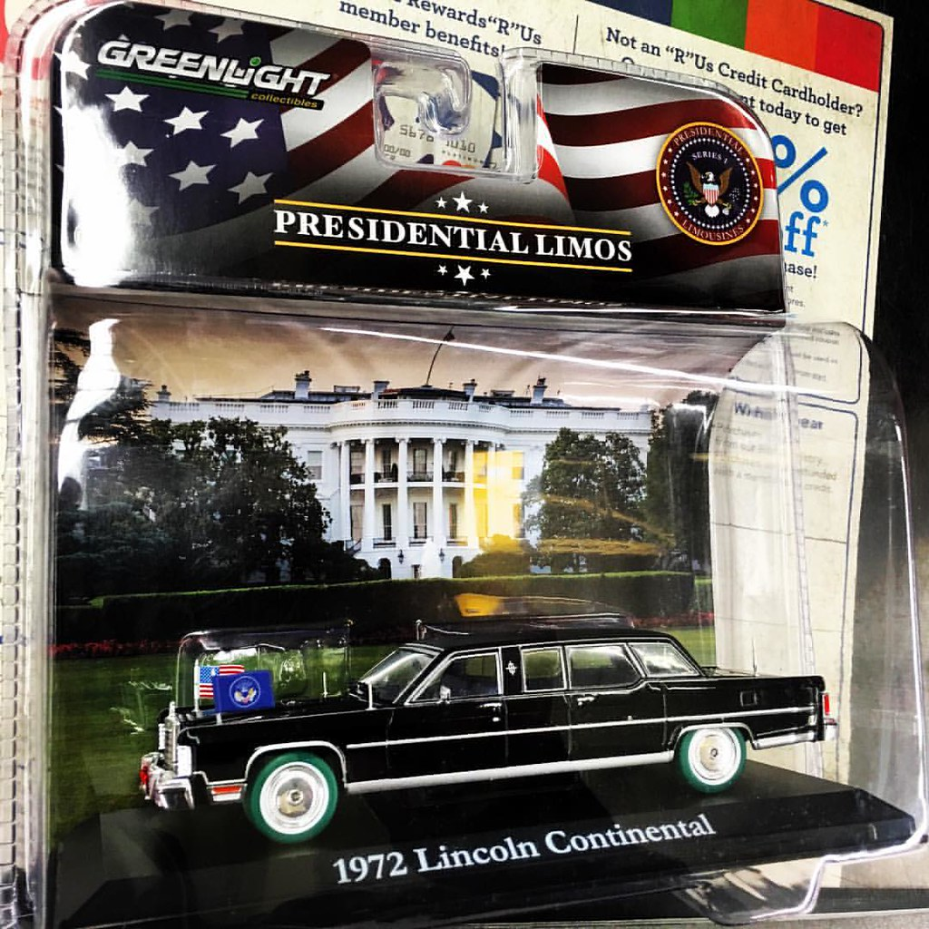 Notice Found A GreenLight 1:43 Presidential Limo Series 1   1972 Lincoln  Continental. Notice Design Ideas