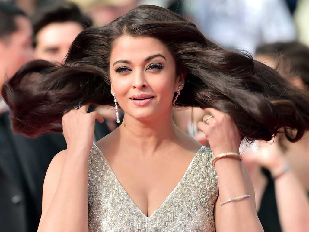 indian beauty queen aishwarya rai bachchan unseen photo ga… | flickr