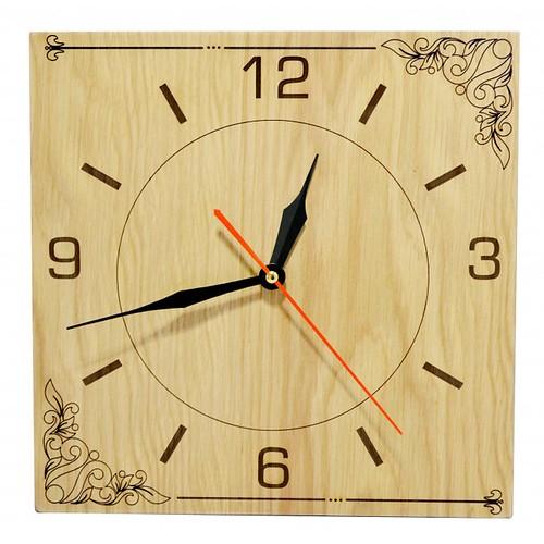 Đồng hồ gỗ hình vuông - hoa văn số 1