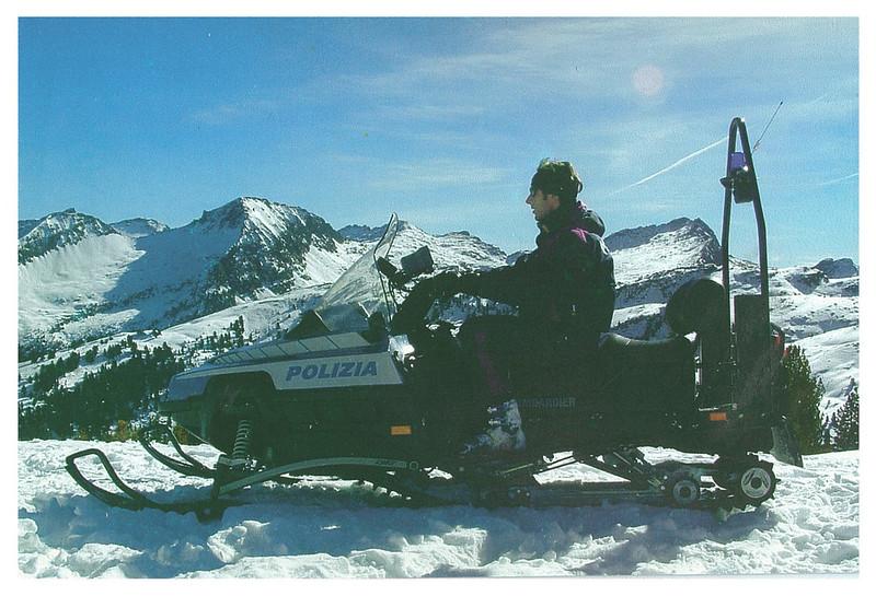 gabriele - italian police - snowmobile
