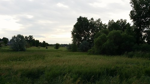 #tommw 68F breezy. Mostly cloudy